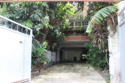 FOR SALE House and Lot at Maharlika Village, Taguig City